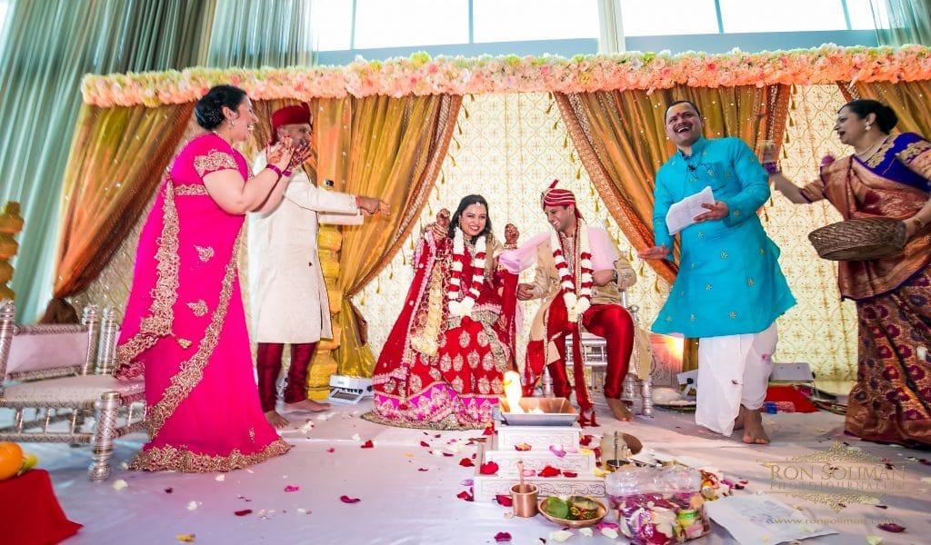 0011 1 1024x600 - Indian Weddings