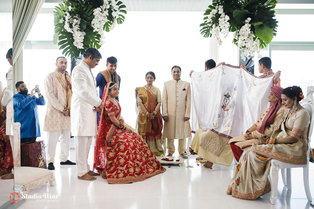 574 1708 - Indian Weddings