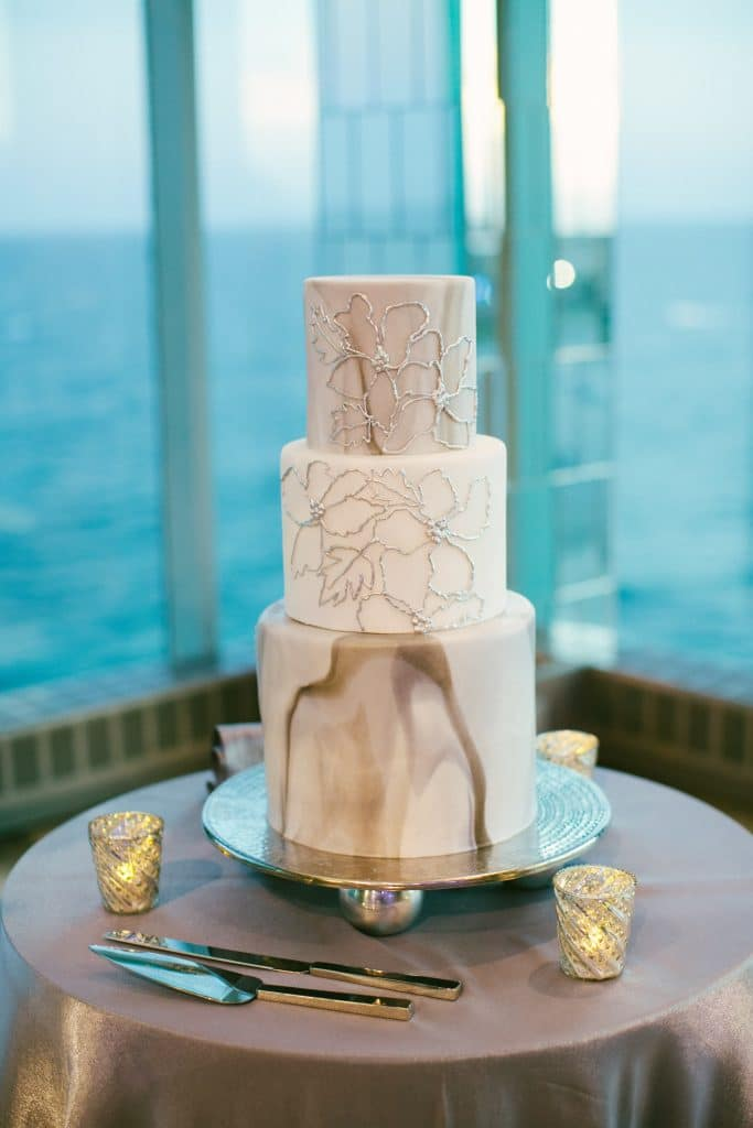 Grey Marble 683x1024 - Wedding Cake