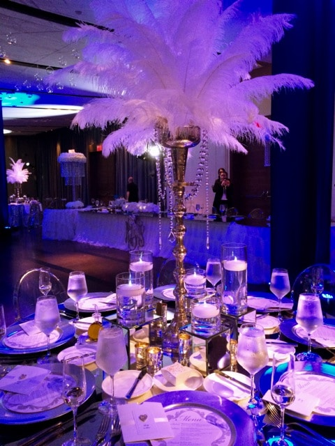 Feather centerpieces Gatsby look 2 - Receptions